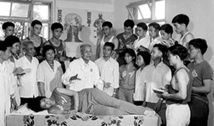 20世纪60年代郑怀贤教授讲课